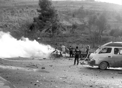 雷伊的死亡_土叙边境汽车爆炸13人死亡(图)