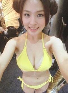 台湾爆乳嫩模熊熊日本走红 登重量级杂志(组图