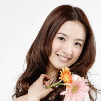 圆脸美女代表首先要说就是林心如了,已经36岁的林心如一张脸如少女图片