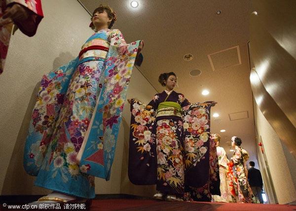 日本和服皇后大赛拉开帷幕 艳美和服展现传统文化(组图)