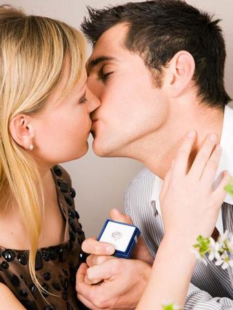 男孩的第一次-初次约会男女生都很适用的十个话题