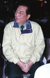 17岁儿子不争气 74岁李双江气病了