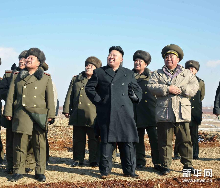 金正恩视察人民军部队检查战斗准备状态[高清]