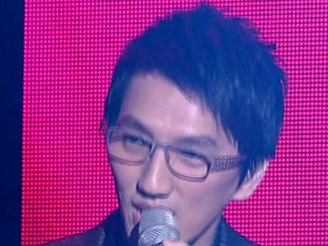 《2013湖南卫视蛇年元宵晚会片花》尚雯婕林志炫上演歌曲串烧