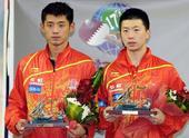 图文:[乒乓球]卡塔尔赛颁奖 马龙和张继科