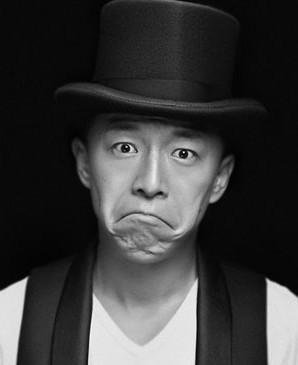 黄渤国外潜水拾到中华烟盒 微博吐槽称丢不起脸 ...
