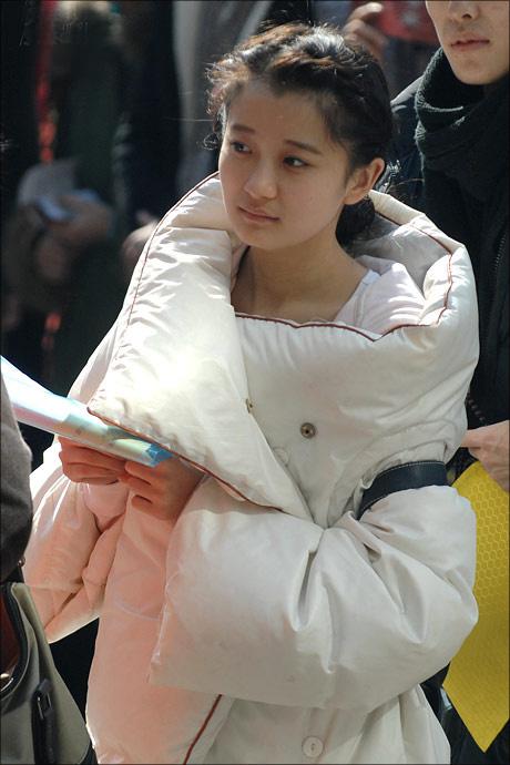 _2013北影表演系艺考美女帅哥全集(1)_新闻图片_光明网