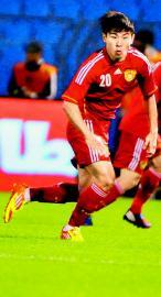 中国足球2013赛季转会标王于汉超。 《全体育》供图