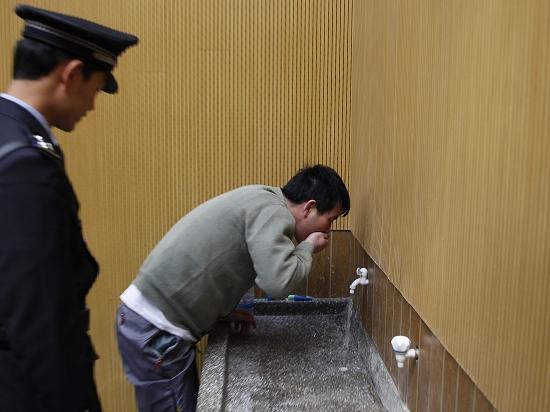 新华社官方微博:希望不要把死刑当成一场狂欢