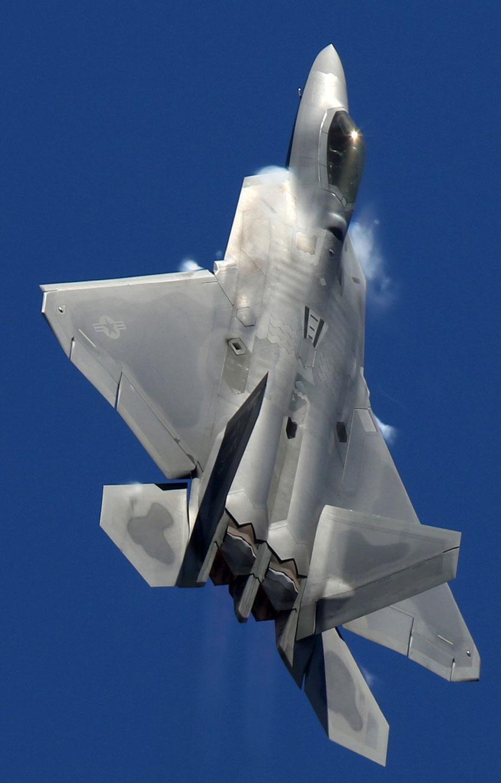 �y�yf�_2013年3月2日,在澳大利亚墨尔本举行的国际航空展上,美国空军f-22a\