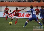 中国超级杯图:舜天2-1恒大 穆里奇射门