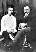 沃罗比约夫(左)和兹巴尔斯基教授