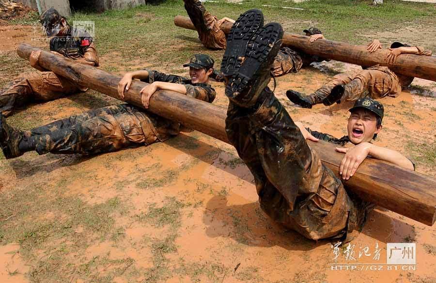 艰苦训练,小体操队员艰苦训练,艰苦训练,军人艰苦 ...