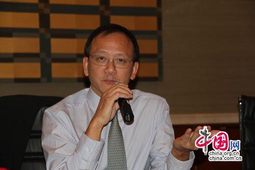 李惠森回答记者提问 孙朋浩