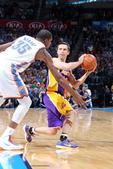 图文:[NBA]湖人负雷霆 纳什不惧杜兰特