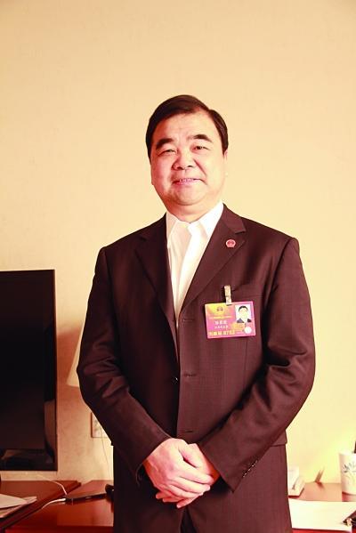 全国人大代表、省环保厅厅长陈蒙蒙