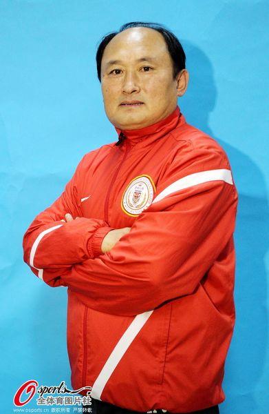 助理教练李春满