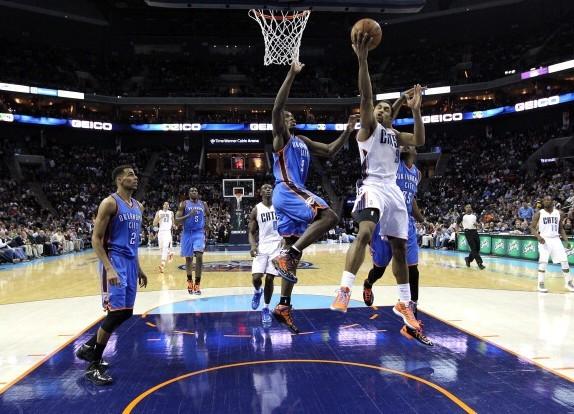 亨德森/图文:[NBA]雷霆擒山猫 亨德森上篮