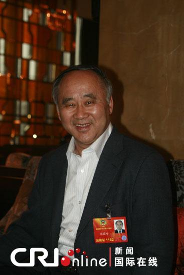 原文配图:全国政协委员张蕴岭。