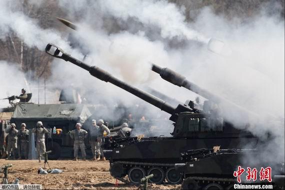 原文配图:韩国实弹军演。