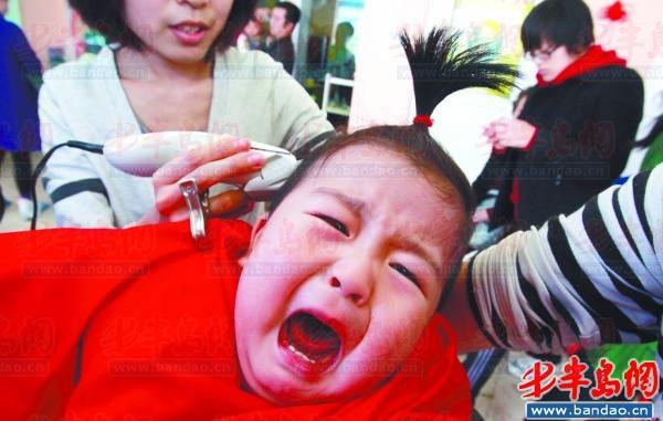下载好怕怕二月二剪龙头动态带表情去理发(图家长包理发宝宝台湾不了图片