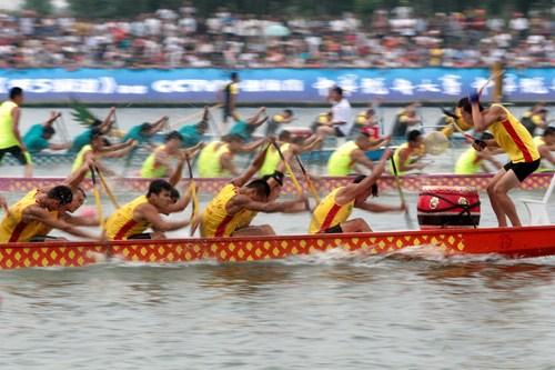 队员龙舟专业专业20万年薪皮划艇组图被挖参赛(选手)冰球队nhl图片