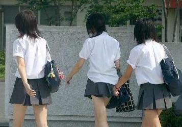 日女人日女子人体艺术见奶_日本女人的真实生活 纯真温柔还是开放虚伪