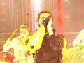 《百变大咖秀片花》 黄艺馨模仿林肯公园主唱 变身为大黄蜂惊爆全场