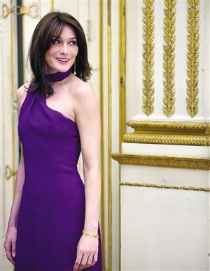v性感各国第一夫人性感:布鲁尼黄金出身最时尚名模外交一百秒图片