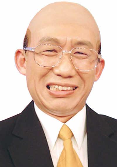 """郭子乾在""""全民最大党""""中模仿苏贞昌"""