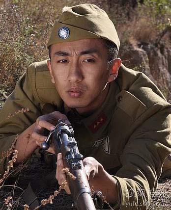 青年演员刘頔出演《战火兵魂》 被叫卖