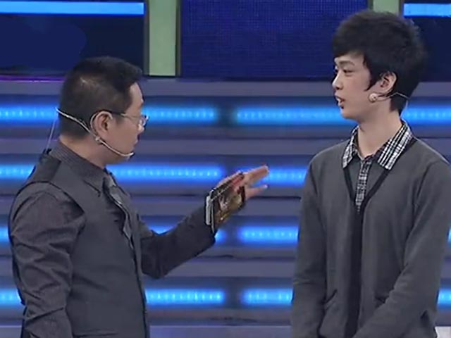 《非你莫属》20130325 杜海涛加盟老板团 坦诚妹登场秒杀BOSS团