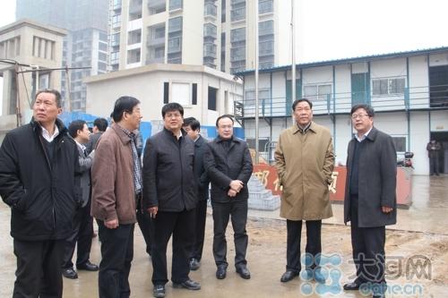 大河网讯(记者 蔡长伟文/图)在荣邦花园安置房交房之际,3月26日图片