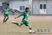 幻灯:绿城外援点球击败泰达 杭州球迷挥旗助阵
