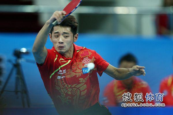 图文:中国男团夺世界杯冠军 张继科救球