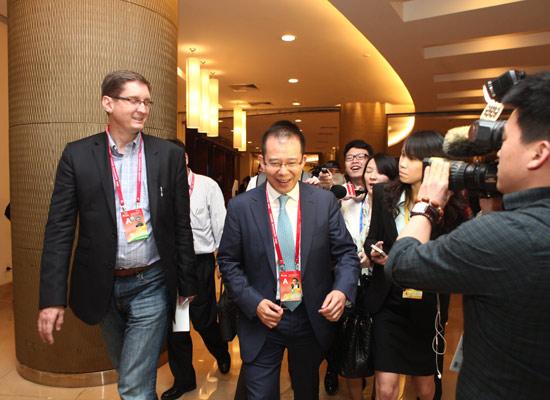王建宙:腾讯给移动带了很多流量 但不及其成本-搜狐财经