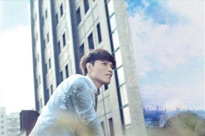 杨宗纬首登《我是歌手》即被淘汰称没想到 无谓红不红