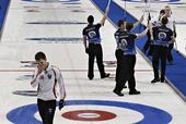 图文:2013男子冰壶世锦赛 苏格兰胜丹麦