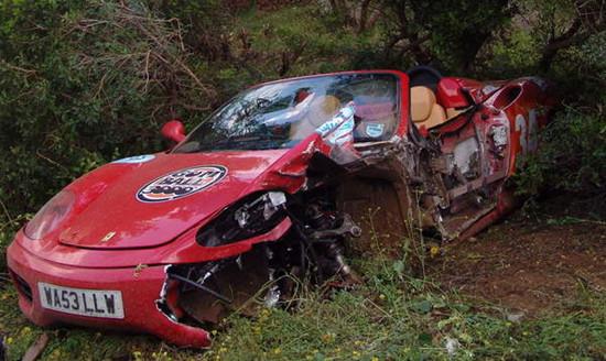 法拉利如何玩转车祸圈 最昂贵的车祸盘点