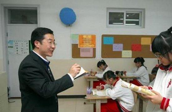 中韩两国高中女生的惊人提问:中国女子高中,语文课上的对比.江油四川高中图片