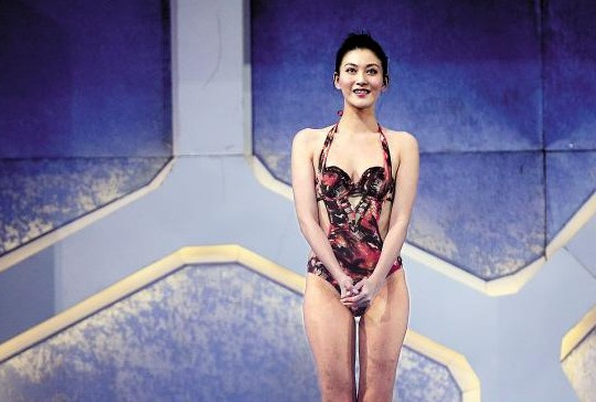 沙宝亮跳水动作完美男模:跳水比唱歌还要好网友奚梦瑶穿踩性感内衣图片