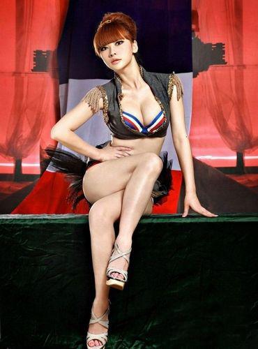 柳巖林志玲 女星豪放性感內衣泳裝照圖片