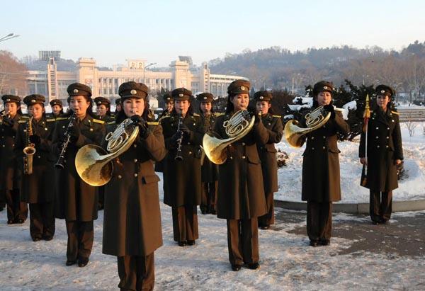 资料图:朝鲜人民军女子军乐团。