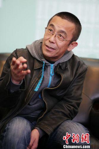 中新网4月12日电4月11日,第二十届北京大学生电影节开幕式在京隆重开幕。由中国优酷出品的微电影《一维》作为第二十届大影节的开幕影片,这也是《一维》继香港首映后首次与内地观众见面。