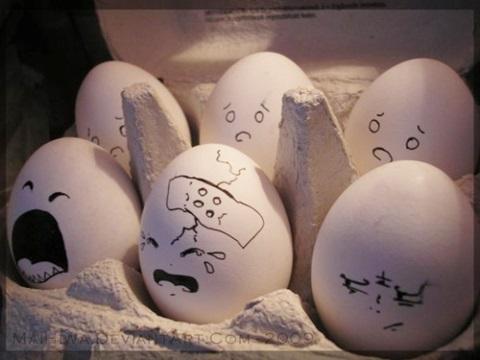 """鸡蛋上画可爱表情_台媒:蛋壳艺术 画上表情有股""""蛋蛋""""哀伤(图)-搜狐滚动"""