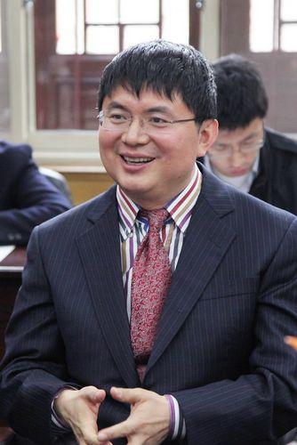 网络传的肖健华的照片