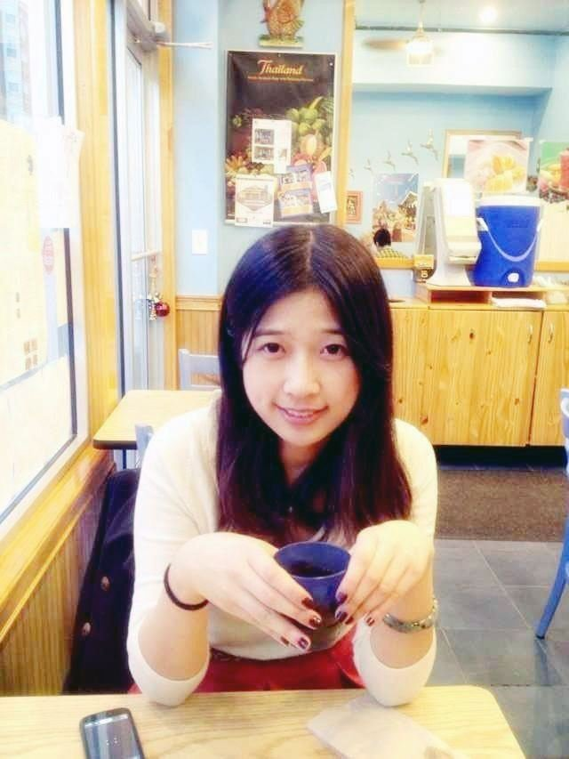 除了吕令子不幸遇难外,另一名波士顿大学的中国留学生周丹龄在爆炸