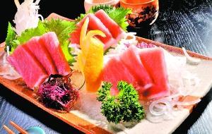 金枪鱼常被用来做鱼生或者刺身,殊不知汞超标严重。