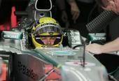 图文:F1巴林站第三次练习赛 罗斯伯格做好准备