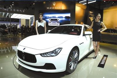 上海车展首日 全球最快敞篷车已被预订 价格逾4000万元高清图片